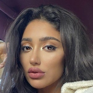Huda Shahin 6 of 10