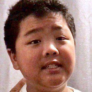 Hudson Yang 4 of 6