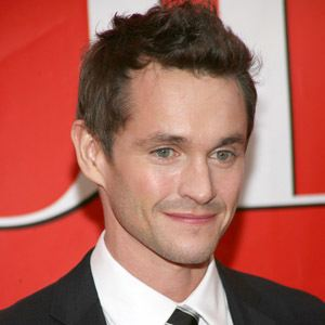 Hugh Dancy 8 of 10