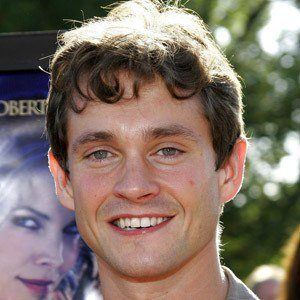Hugh Dancy 9 of 10