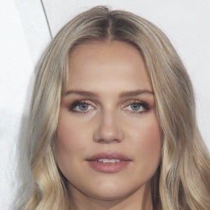 Ida Lundgren 2 of 2