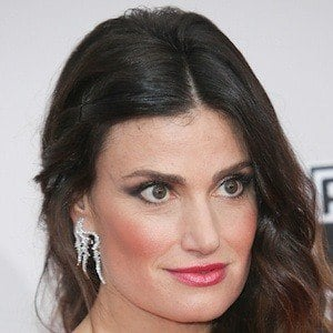 Idina Menzel 6 of 10