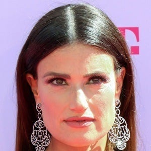 Idina Menzel 8 of 10
