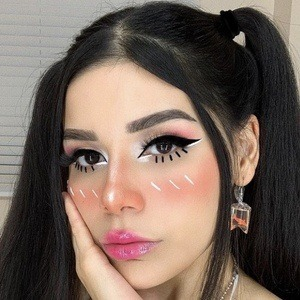 Ileana Velazquez Headshot 8 of 10