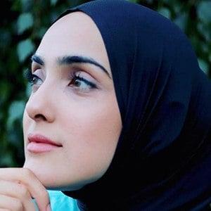 Immy Maryam 4 of 6
