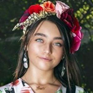 Ines Abdelli 4 of 10