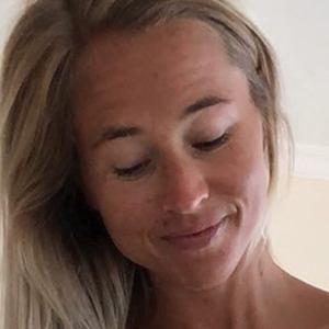 Inger Houghton 4 of 6
