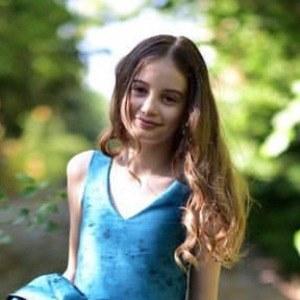 Irina Columbeanu 3 of 4