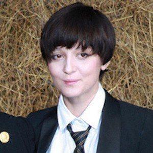 Irina Lazareanu 5 of 5