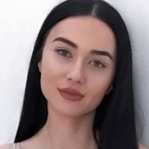 Irina Olsen 3 of 10
