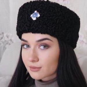 Irina Olsen 9 of 10