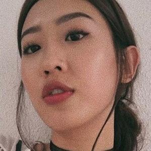 Irina Tan 5 of 6