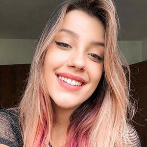 Isa Guerra 4 of 5