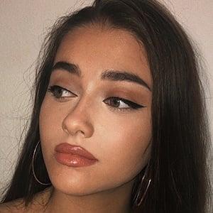 Isabel Rose 5 of 6