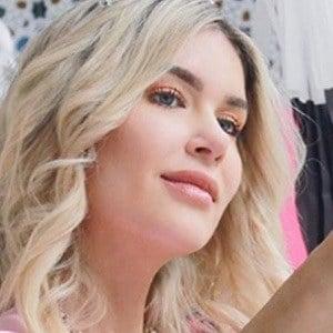 Isabel Jaime 2 of 5