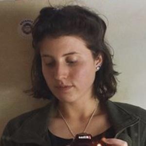 Isabel Jones 5 of 7