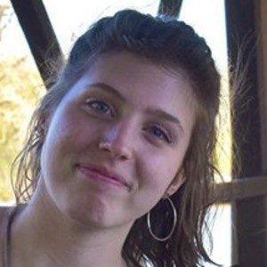 Isabel Jones 6 of 7