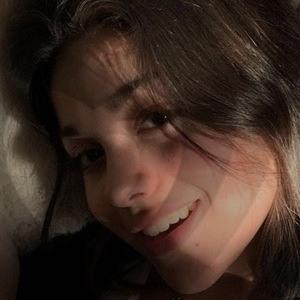 Isabel Rivera Headshot 4 of 8