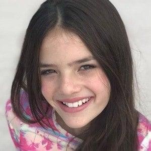 Isabela Soares 2 of 6