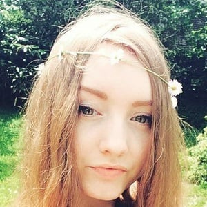Isabella Demarko 8 of 10