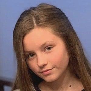 Isabella Tena 5 of 6