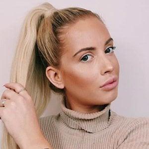 Isabelle Eriksen 2 of 5