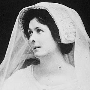 Isadora Duncan 3 of 4
