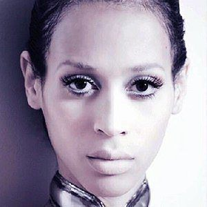 Isis King 3 of 6