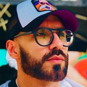 Ismael Álvarez 2 of 5
