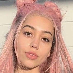 Ivanita Lomeli 5 of 7