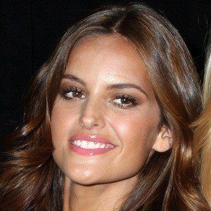 Izabel Goulart 6 of 7