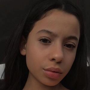 Izabella Alvarez 3 of 6