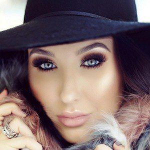 Jaclyn Hill 3 of 10
