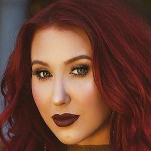 Jaclyn Hill 6 of 10