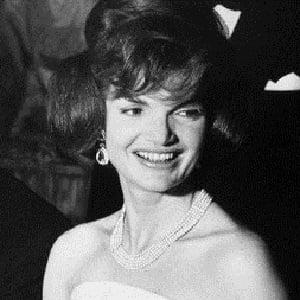 Jacqueline Kennedy Onassis 4 of 5