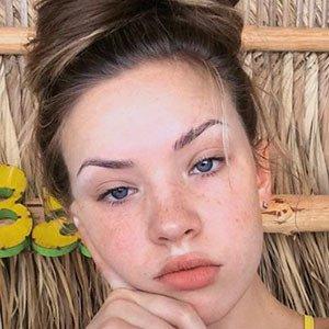 Jade Shaknaitis 4 of 5