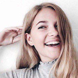 Jade Anna Van Vliet 4 of 10