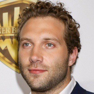 Jai Courtney 8 of 10