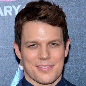 Jake Lacy 2 of 4