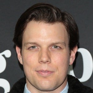 Jake Lacy 5 of 7