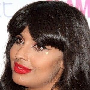 Jameela Jamil 2 of 5