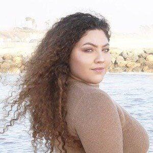 Jamileh Navalua 5 of 10