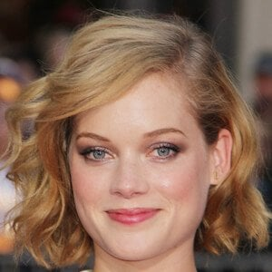 Jane Levy 8 of 10