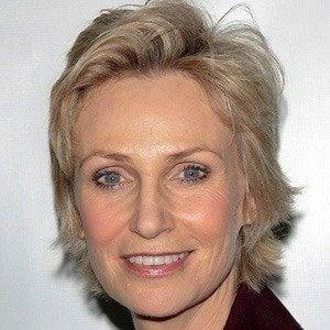 Jane Lynch 2 of 10