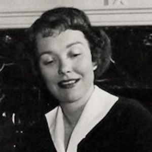Jane Wyman 4 of 8