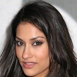 Janina Gavankar 3 of 10