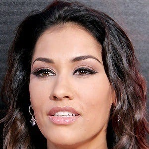 Janina Gavankar 5 of 10