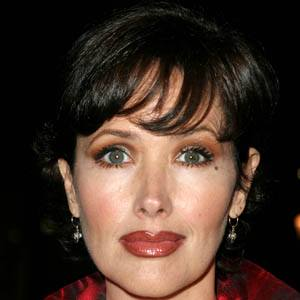Janine Turner 4 of 5