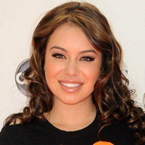Chiquis 2 of 5