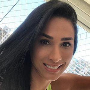 Jaqueline Carvalho 3 of 4